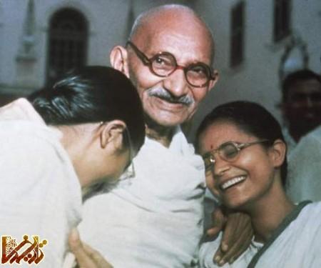 http://mandegar.tarikhema.org/images/2011/04/mahatma_gandhi.jpg